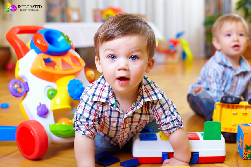 Critical Developmental Milestones You won't want Your Child to Miss | ilslearningcorner.com #babies #milestones